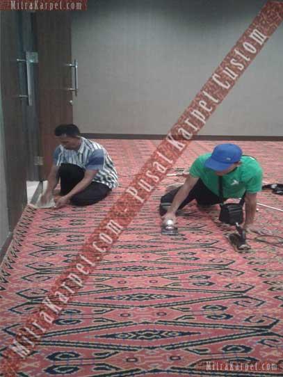 Pemasangan Karpet Axminster untuk karpet ruang meeting