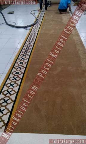 Finishing Karpet Masjid Al–Fattah Tasikmalaya Jawa Barat