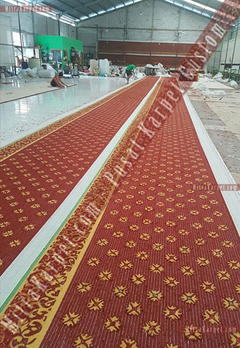 Finishing Karpet Masjid Darul Taqwa Sarawak Malaysia