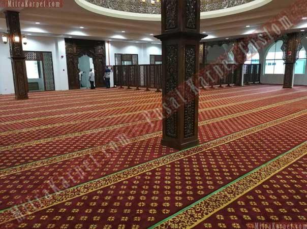 Indahnya Karpet Masjid Darul Taqwa Sarawak Malaysia