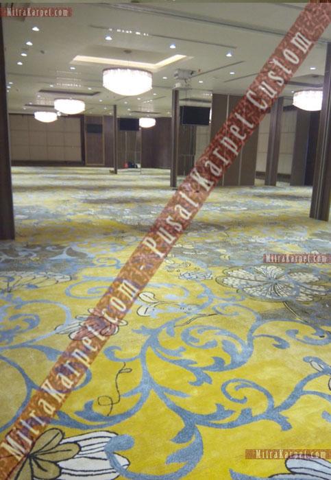 Karpet Ballroom Hotel Crystal–Kuta Bali Terpasang