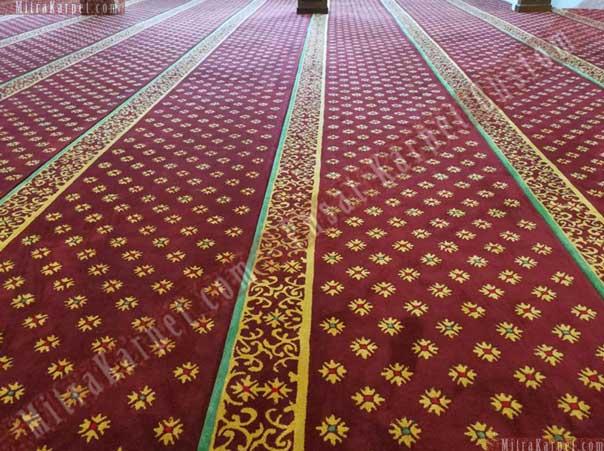 Karpet Masjid Tebal Nyaman Masjid Darul Taqwa Sarawak Malaysia