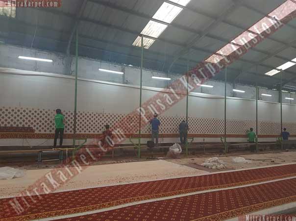 Pembuatan Karpet Masjid Darul Taqwa Sarawak Malaysia