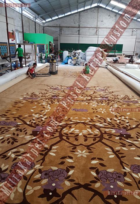 finishing karpet aula kantor gubernur jambi