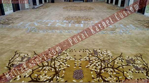 karpet aula kantor gubernur jambi terpasang