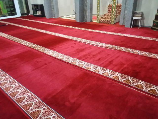 Mengapa Memilih Karpet Masjid dengan Desain Custom