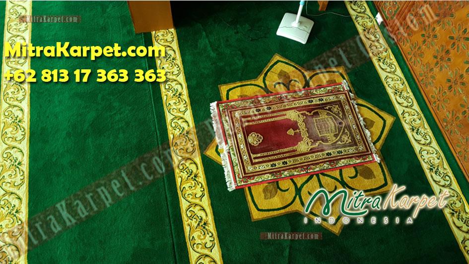 Karpet sajadah masjid tanjung uban terbesar